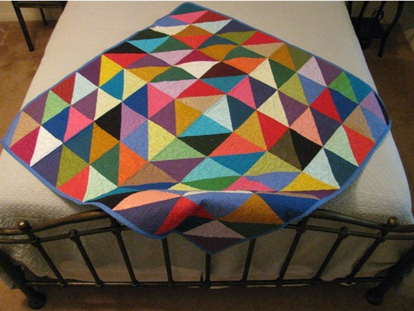 Half Square Triangle Quilt | Pellon® Projects : half square triangle quilt - Adamdwight.com