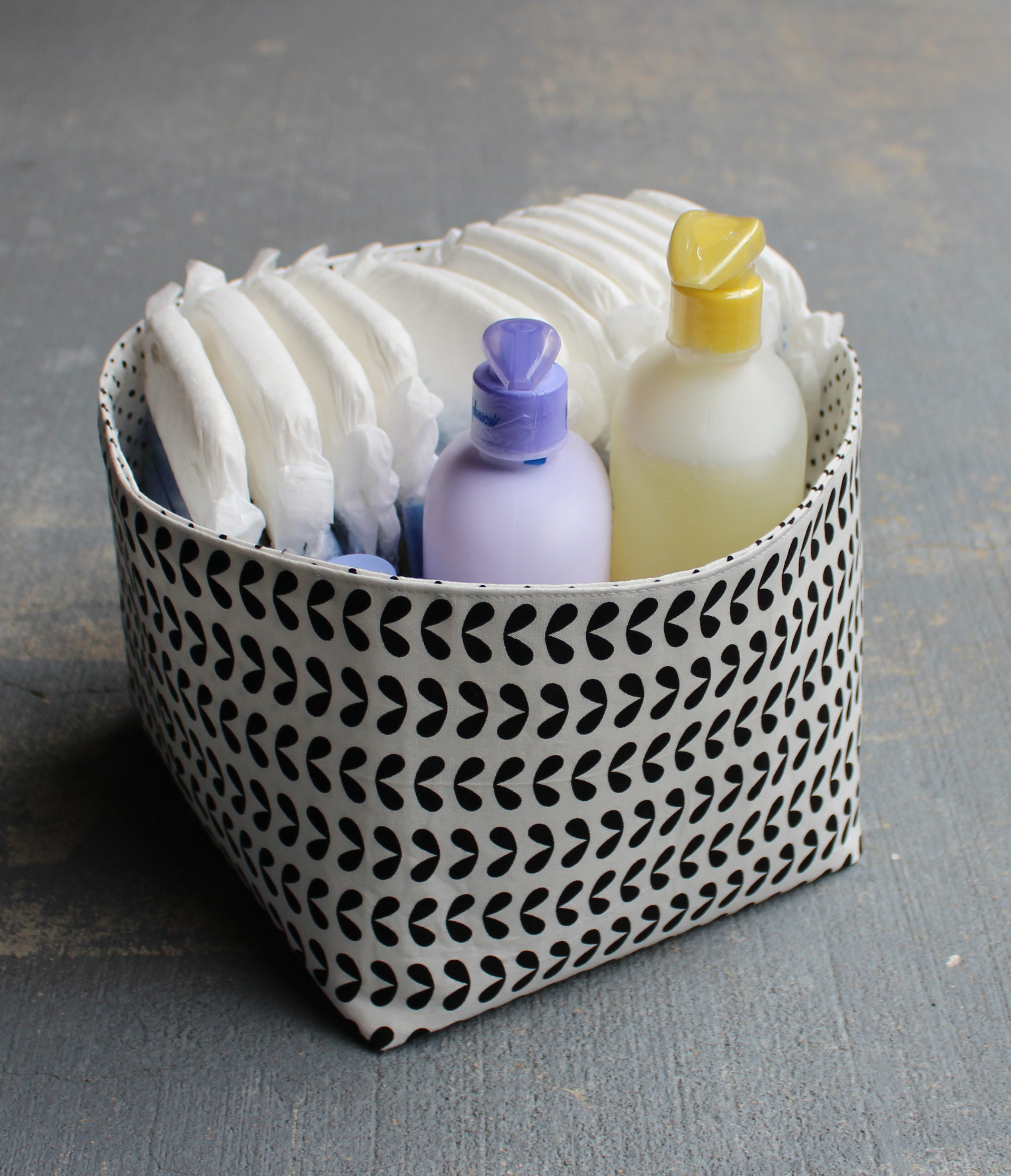 Reversible Fabric Storage Bin | Pellon® Projects